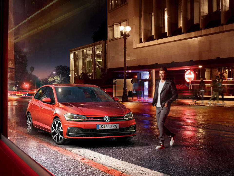vw volkswagen polo gti rot front stadt