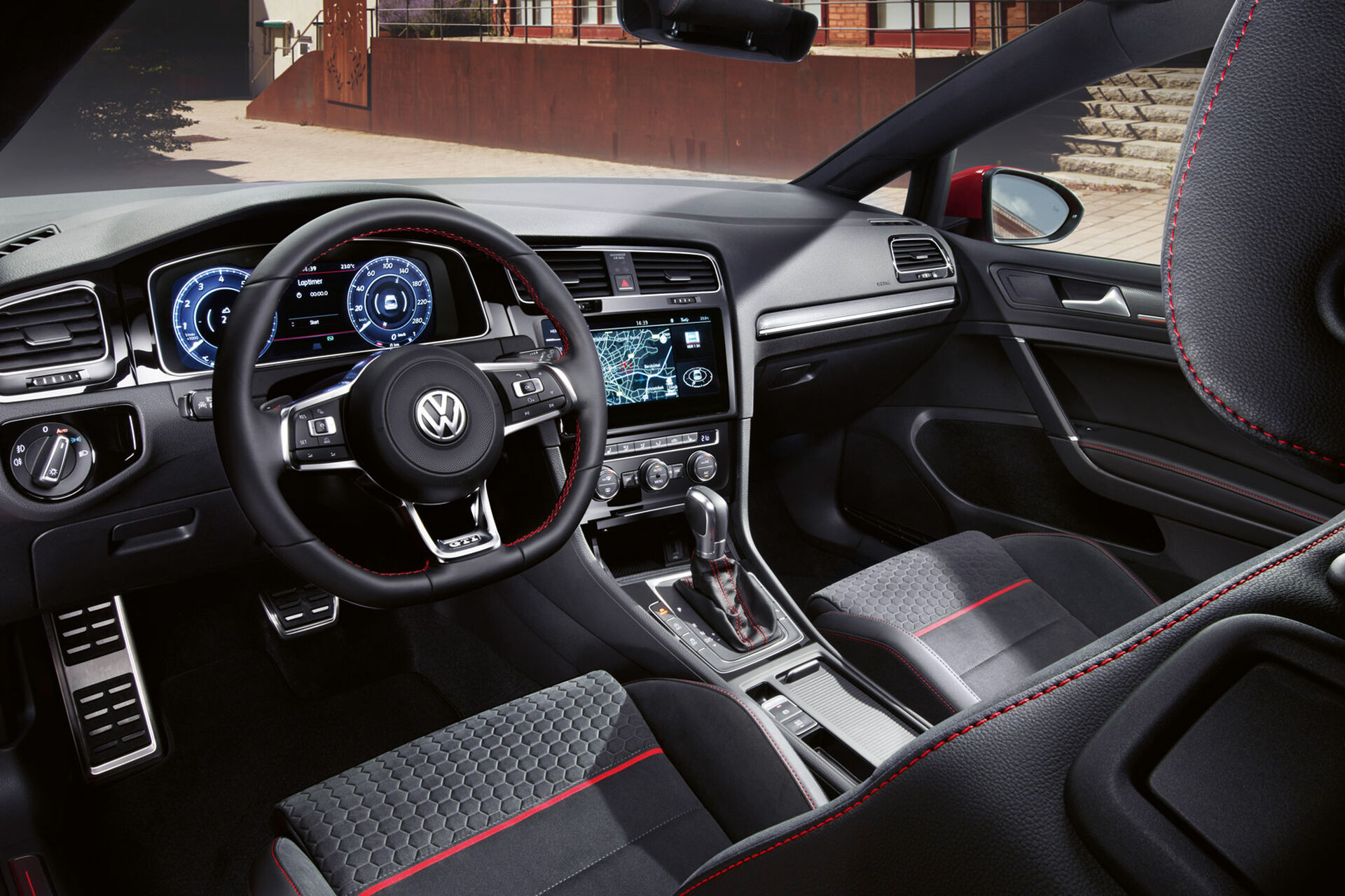 VW Golf GTI Interieri dhe kroskoti
