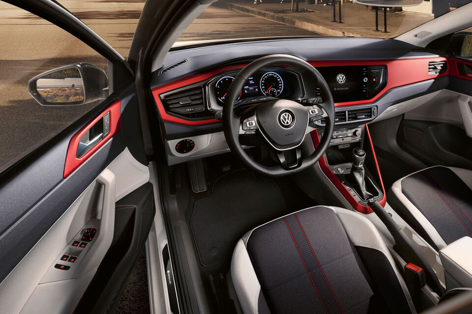 "VW Polo ""beats"" Interieri dhe kroskoti"